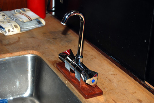 Faucet - Upright