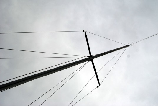 The mast is in place...